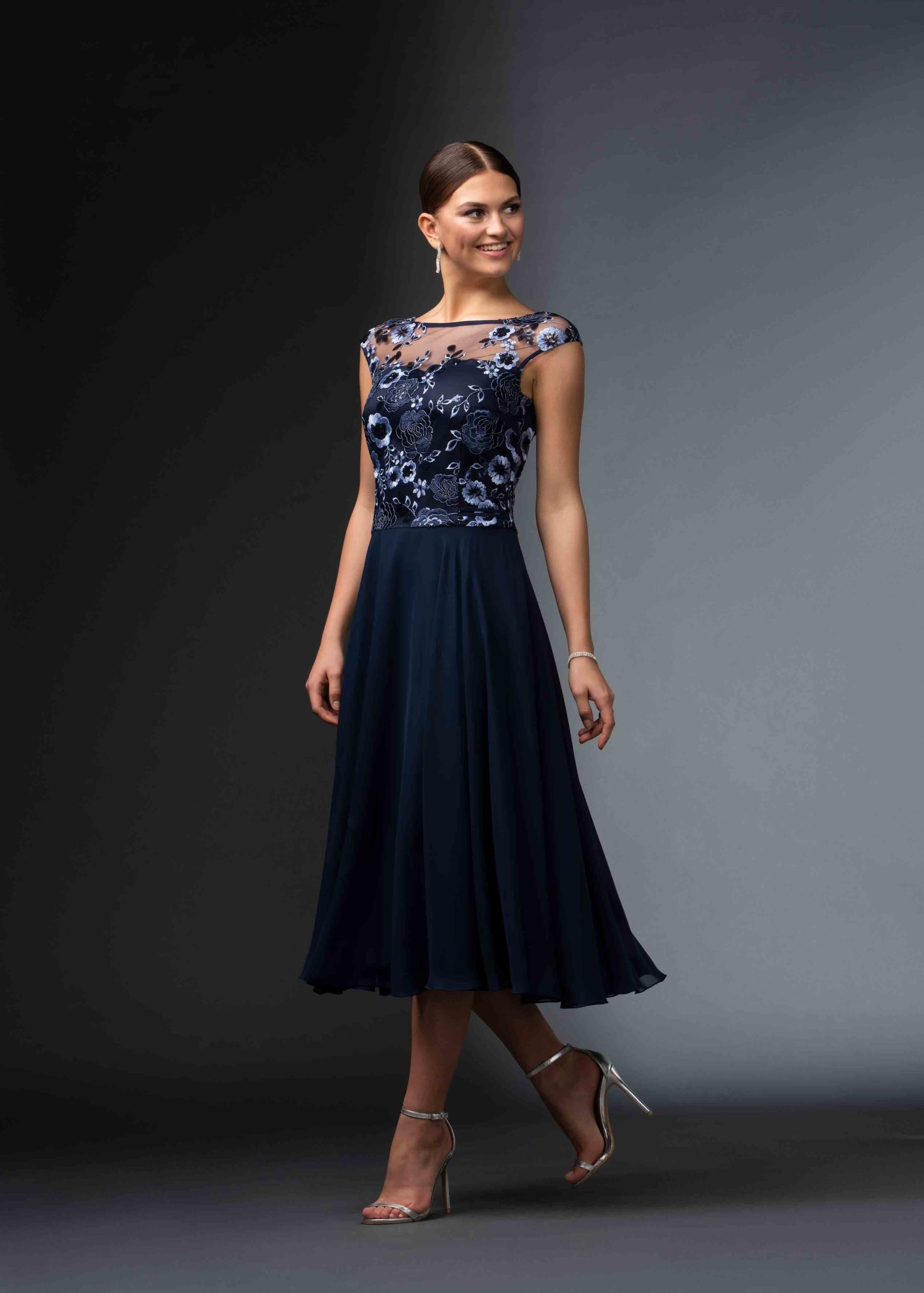 Kleid aus Spitze und Chiffon | Itsmydress